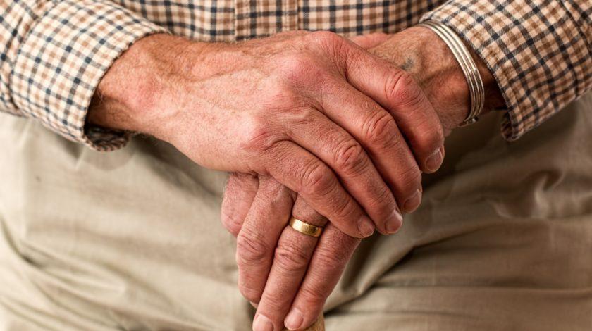 como aliviar as dores da artrite